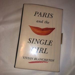 ♠️Kate Spade♠️ Paris & The Single Girl Book Clutch